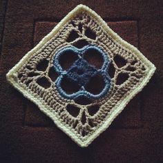 Ravelry: Project Gallery for 24 Celtic Flower pattern by Margaret Hubert