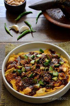 Tahu telor (Egg and tofu) Beef Recipes, Snack Recipes, Healthy Recipes, Healthy Food, Snacks, Chicken And Beef Recipe, My Favorite Food, Favorite Recipes, Oriental