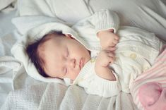 DO your own baby photoshoot -- the 5 MINUTE kind!