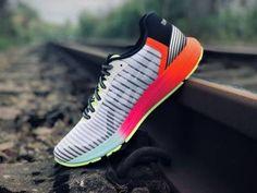 Nike Schuhe & Bekleidung online kaufen Sport Redler