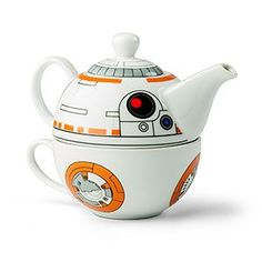 At the droid tea party, C-3PO will do most of the talking, R2-D2 will serve the drinks, and now BB-8 can be the teapot! Nestled teapot and cup set provides everything you need for a droid tea party - just add tea!