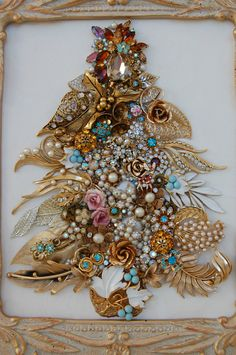 Vintage Jewelry Framed Christmas Tree ♥ Champagne Gold Aqua Topaz Pink Glam | (167)