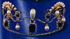 Pearl, diamond and emerald? tiara, claimed to have belonged to Josephine. Royal Crown Jewels, Royal Crowns, Royal Jewelry, Tiaras And Crowns, Diamond Tiara, Pearl Diamond, Family Jewels, Hair Ornaments, Gems And Minerals