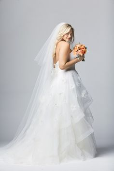Looking for the perfect plus size wedding gown? Check out these 12 plus size bridal boutiques that cater JUST to the plus size bride to be! Plus Size Brides, Plus Size Wedding Gowns, Plus Size Dresses, Designer Wedding Dresses, Bridal Dresses, Bridesmaid Dresses, Bridal Musings, Plus Size Hairstyles, Wedding Dress Backs