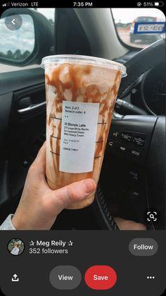 Starbucks Secret Menu Drinks, Starbucks Iced Coffee, Starbucks Order, Healthy Starbucks Drinks, Yummy Drinks, Coffee Drink Recipes, Coffee Drinks, Caffeine, Smoothies