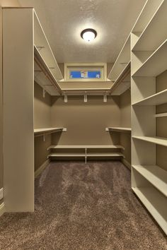 Female Pains On. Bedroom Closet DesignMaster ...
