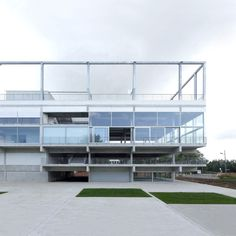 muoto .  Public Condenser  Low-cost flexible university building . Paris (2)