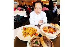Jade Seafood Restaurant chef Tony Luk with three famous dishes, Grandpa Chicken, Mushroom dumplings and Clay Pot Chicken. Seafood Restaurant, Clay Pots, Dumplings, Great Recipes, Vancouver, Jade, Stuffed Mushrooms, Dishes, Chicken