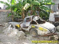 Abandoned Mercedes Benz 300SL Gullwing in Cuba