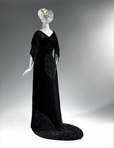Mourning dress Designer: Charlotte Duclos (French) Date: 1910–12 Culture: French Medium: silk, jet, glass