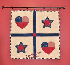 Patriotic quilted wall hanging (I like this hanging idea)