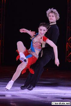 Meryl Davis and Charlie White - 2010 Stars on Ice - Indian Folk Dance