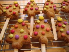 Chritsmas tree lolly biscuits