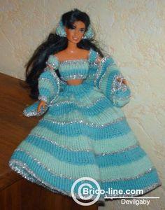 Rock mit Zubehör für Barbie, gestrickt