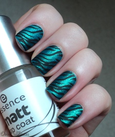 Black Matte nails with turquoise glitter tiger stripes on top done with stamping, nail art Get Nails, Love Nails, Pretty Nails, Hair And Nails, Matte Nails, Matte Makeup, Zebra Print Nails, Acryl Nails, Trendy Nail Art