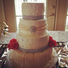 Old Hollywood Inspired Wedding Cake This