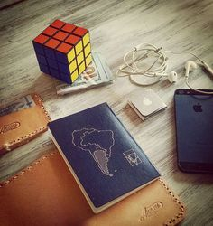 #Annoni #AnnoniBags #BuenosAires #Argentina #PassportCase #Card #Iphone #RubiksCube #AmericanExpress #ipodnano #Travel #Lifestyle #TicketToFly 👌📔📱🌎✈