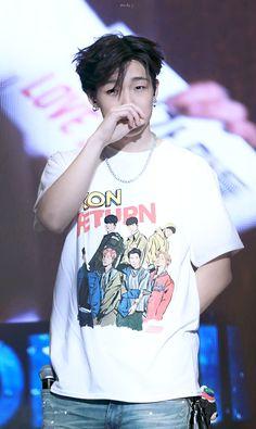 Bobby at iKON private stage Kim Jinhwan, Chanwoo Ikon, K Pop, Rapper, Ikon Member, Ikon Debut, Jay Song, Ikon Wallpaper, Hip Hop