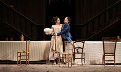 Atto I da sin Laura Giordano (Susanna), Laura Polverelli (Cherubino) – foto di Roberto Ricci
