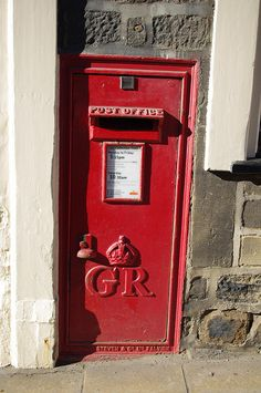 lovely old mail box