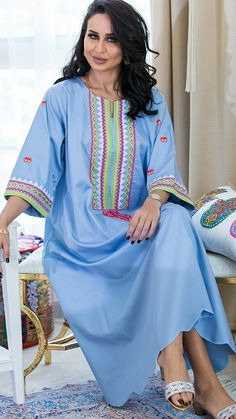 4 Factors to Consider when Shopping for African Fashion – Designer Fashion Tips Abaya Fashion, Muslim Fashion, Boho Fashion, Fashion Outfits, Kaftan Designs, Blouse Designs, African Fashion Dresses, African Dress, Summer Dresses Online