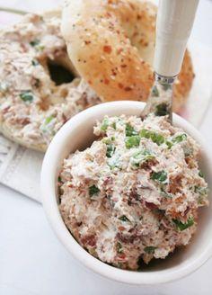 Bacon-green onion cream cheese spread