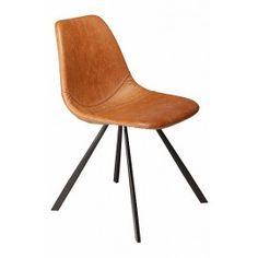 Designstoel - Pitch - Cognac leder | Zwart onderstel  - Dan-Form Stoere kunstlederen stoel met onderstel, scandinavisch design voor een mooie prijs. De Pitch stoel is verkrijgbaar in verschillende kleuren leder (groen, grijs, zwart, cognac, bruin en blauw) en onderstellen (rvs, zwart en goud).