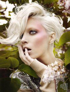 Anja Rubik by Marcin Tyszka for Pani, November 2008 #blonde #bigbangs #womenshair