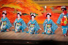 O Miyako Odori é um espetáculo de dança de gueixas realizado no mês de abril em Kyoto, no Japão.