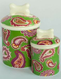 Our sophisticated and charming Paisley Treat Jar is great for your pet and for your decor.