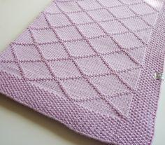 Ravelry: Baby blanket Chloe pattern by Le Petit Mouton
