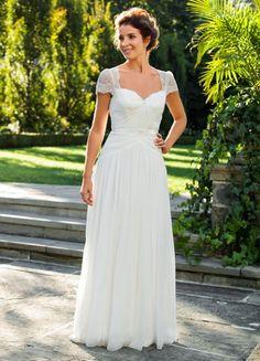 reine anne neck dentelle mancherons sleeve plissé mousseline de soie robe de mariée with ruban