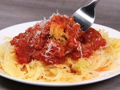 As easy as it gets, this is a great, hands-off, and foolproof method for making slow cooker spaghetti squash. Use the slow-cooked squash for salads, Healthy Slow Cooker, Healthy Crockpot Recipes, Slow Cooker Recipes, Cooking Recipes, Slow Cooking, Crockpot Meals, Healthy Dinners, Veggie Recipes, Beef Recipes