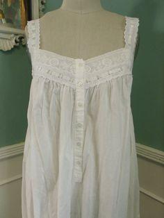 Vintage White Nightgown. Victoria's Secret by sailorpinkvintage, $32.00