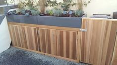 hackney_front_garden_cedar_cupboard_finished_photo