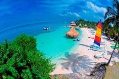 Terra natal de Gabriel García Marquéz, Shakira e Botero, a Colômbia possui cerca de 47 milhões de habitantes e um litoral digno do Caribe!
