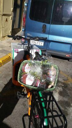 Lanas #urbanciclo #ecomensajeria #cargobike #bicimensajeria Albacete Messlife Www.urbanciclo.es - Tw: @urbancicloalba- f: Urban Ciclo - Instagram: @urbanciclo