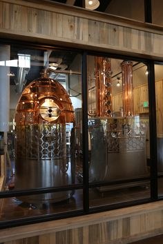 Honey House Distillery - Is tourism important for your distillery? Then check out this handmade custom still from Vendome Copper & Brass Works. Brewery Design, Pub Design, Beer Brewing Kits, Home Brewing, Moonshine Still Kits, Distilling Alcohol, Whiskey Distillery, Whisky, Steampunk Interior
