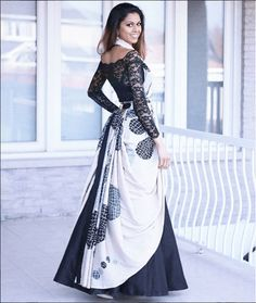 How about reusing an old saree from your mums closet and wearing it as a lehenga dupatta? it is affordable, chic and looks super stylish. Lehenga Saree Design, Lehenga Dupatta, Raw Silk Lehenga, Dress Indian Style, Indian Dresses, Indian Outfits, Indian Wear, Ethnic Outfits, Saree Wearing Styles