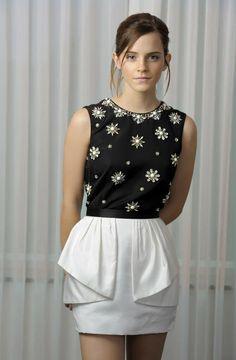 Emma Watson Sexiest, Emma Watson Beautiful, Jason Wu, Hermione Granger, Emma Watson Style, Emme Watson, Emma Love, Harry Potter Film, Celebrity Portraits