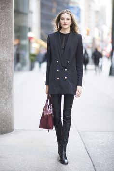 You've worn leggings to the gym and while out running errands, but to the office, that's always been a different story - until now. While many women may shy away from rocking this cozy staple at the workplace, it actually makes for a genius look for the office. Leggings are sleek and understated, easy to pair with your favorite statement-making boots or a colorful coat. And since leggings tend to fit snugly on your body, they're great for layering with looser pieces on top. So if you're…