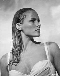 #TBT: The Bombshell Beauty of Ursula Andress