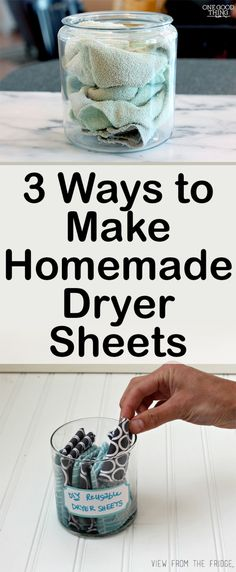 Never buy dryer sheets again! Here are a few ways to make your own DIY dryer sheets! Sponges and Fabric Softener All you need is an air tight container, sponges, , 2 cups fabric softener, and… Homemade Cleaning Products, Cleaning Recipes, House Cleaning Tips, Green Cleaning, Natural Cleaning Products, Cleaning Hacks, Cleaners Homemade, Diy Cleaners, Homemade Soaps