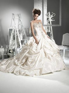 Brilliant Ball Gown Sweetheart Sleeveless Cathedral Train Wedding Dresses