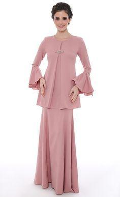 Khayalan Cinta Modern Kurung in Dusty Pink - Raya 2016 | FashionValet
