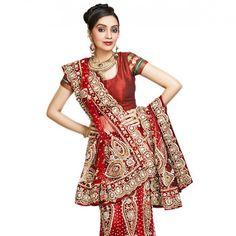 Utsav: I like everything but the blouse