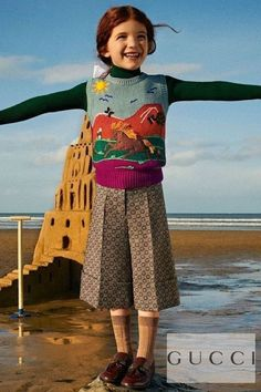 Stylish Gucci Girls Colorful Horse Knit Sweater Beige Wool GG Logo Wide Leg Cropped Pants. Borrowed from the Women's collection. Complete the look with a pair of brown patent leather loafer shoes. and matching logo socks. Shop designer girls clothes @ Childrensalon (affiliate). #gucci #guccikids #girlsclothes #childrensalon #dashinfashion Green Turtleneck, Beige Sweater, Gucci Kids, Gucci Baby, Girls Designer Clothes, Girls Special Occasion Dresses, Wide Leg Cropped Pants, Gucci Fashion, Boy Outfits