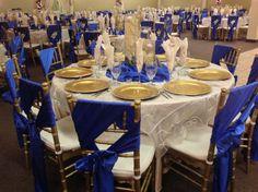 Champaign and royal blue wedding decor. Villatuscanaevents.com