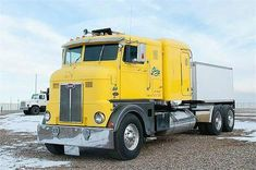 cars and trucks Big Rig Trucks, Semi Trucks, Cool Trucks, Peterbilt Trucks, Chevy Trucks, Peterbilt 379, Pickup Trucks, Mack Trucks, Antique Trucks