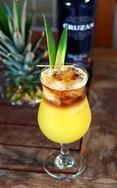 Roy's restaurants serve up delicious Hawaiian fusion cuisine and a variety of cocktails to pair with the food. Roy's Island Mai Tai is one of the restaurant's signature drinks and…